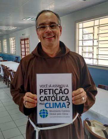 Frei Éderson, re-elected president of the FFB, endorsing the Catholic Climate Petition.