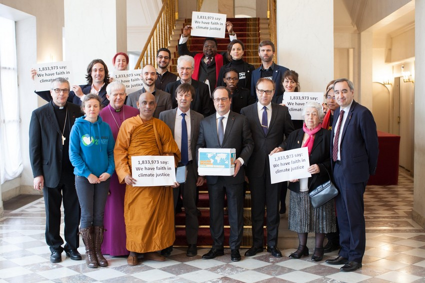 The interfaith delegation with President Hollande. Credit: Sean Hawkey/WCC - See more at: http://catholicclimatemovement.global/president-hollande-meeting/#sthash.uBCybhTF.dpuf